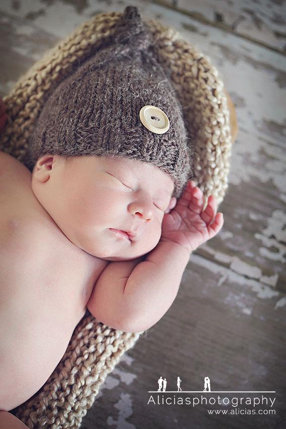 Chicago Newborn Photographer...Alicia